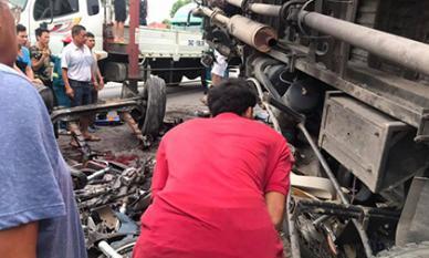 Gần 2 tiếng, trên quốc lộ 5 xảy ra 3 vụ tai nạn giao thông làm 7 người thiệt mạng