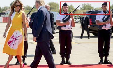 Khoảnh khắc phu nhân Tổng thống Mỹ khiến hai lính Pháp liếc nhìn không rời mắt gây sốt mạng xã hội