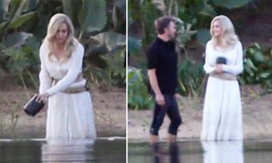 Hậu trường bom tấn Marvel - Eternals: Angelina Jolie tạo hình 'sương sương' với nhuộm tóc bạch kim, mặc váy trắng tinh khôi