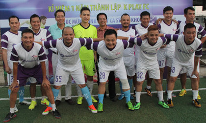 K Play 'hủy diệt' Ngôi Sao FC mừng sinh nhật ông chủ Duy Khoa