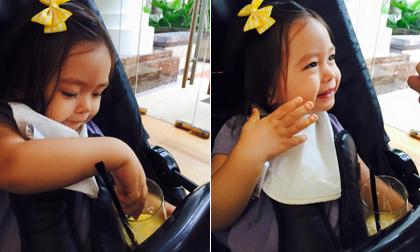 Con gái Đoan Trang cực yêu khi đi ăn trưa cuối tuần cùng bố mẹ