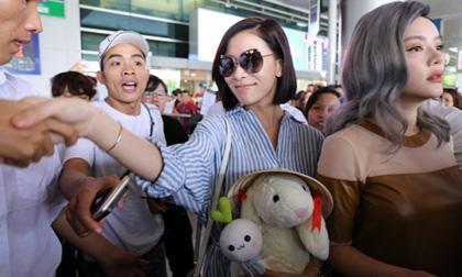 Xa Thi Mạn tay bắt mặt mừng Lý Nhã Kỳ, thân thiện hết cỡ cùng fans Việt