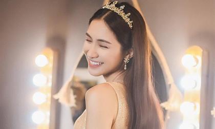 Hòa Minzy lại 'thả thính' fans với bộ ảnh đẹp kiêu sa cùng nụ cười tít mắt