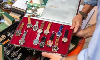 Kinh nghiệm: nên mua đồng hồ cũ hay đồng hồ giá rẻ?