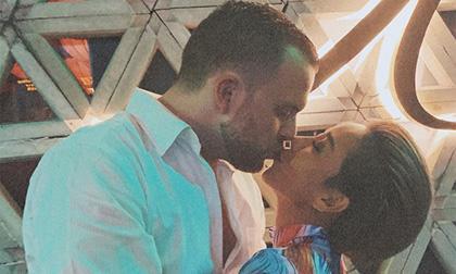 Thảo Trang đăng ảnh hôn trai Tây cực ngọt, dân mạng lập tức hối cưới