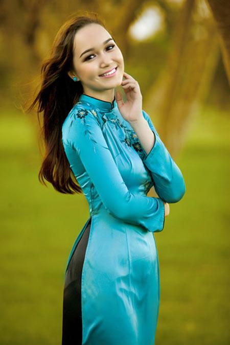 Victoria Thúy Vy,Hoa hậu Thế giới,Thúy Vy,Victoria,Đức Huy,nhạc sĩ Đức Huy