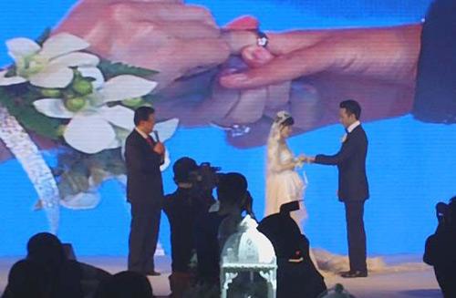 Chuyện của sao, Ảnh cưới của sao, Sao Hoa ngữ, Tôn Lệ, Đặng Siêu