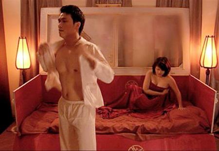 """3 cảnh """"nóng"""" đặc biệt trong phim Việt, Phim, canh nong phim viet, canh nong, chan troi trang, my nhan ke, lay chong nguoi ta, viet anh, diem my 9x, dinh y nhung, huy khanh, pham anh khoa, tin tuc"""