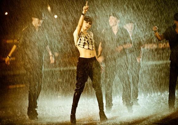 MV mới của Mỹ Tâm lọt top bình luận Youtube toàn cầu 4