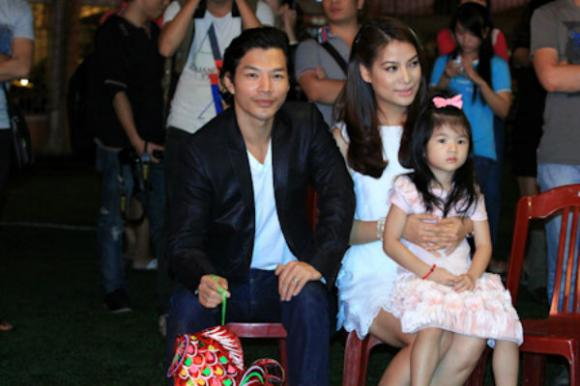 Những cặp vợ chồng sao Việt chăm đi sự kiện nhất 8