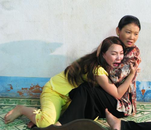 Quỳnh Thư bị cha dượng làm nhục, Phim, quynh thu, mot nua yeu thuong, truong nam thanh, hãm hiếp, phim truyen hinh moi