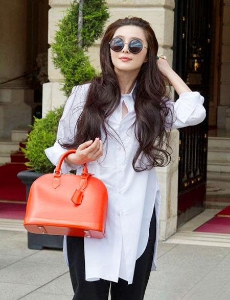 sơ mi,trang phục,trần tay,như sao,thời trang,mỹ nhân,sao Việt,Phạm Băng Băng,Triệu Vy