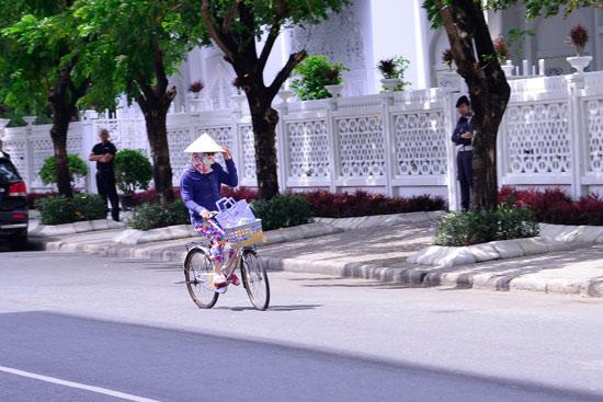 cười nóng,thư giãn,hài hước sao,cười nóng 10h10,Thu Minh