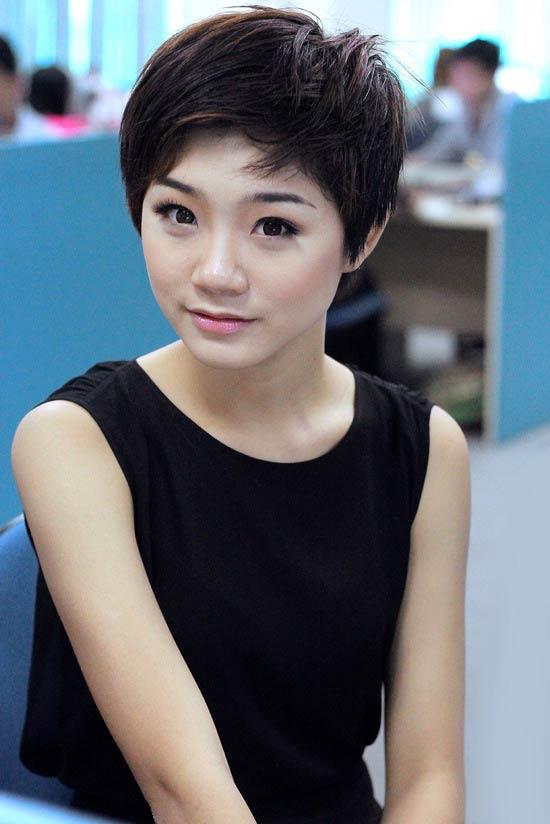 Sao việt,sao việt phẫu thuật thẩm mỹ,Trà My,Hồ Quỳnh Hương,Angela Phương Trinh