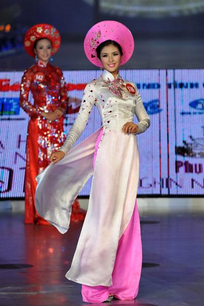 10 mỹ nhân mặc áo dài đẹp nhất showbiz - 9