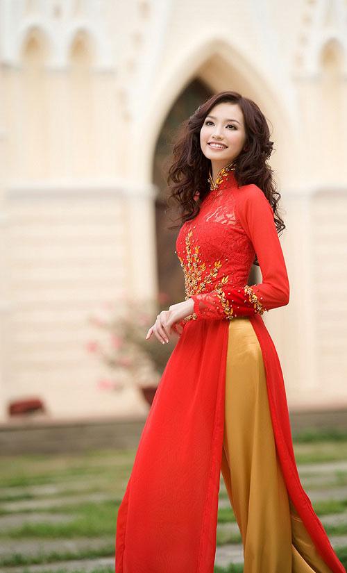 10 mỹ nhân mặc áo dài đẹp nhất showbiz - 12