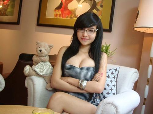 Bộ ngực trần đẹp tự nhiên