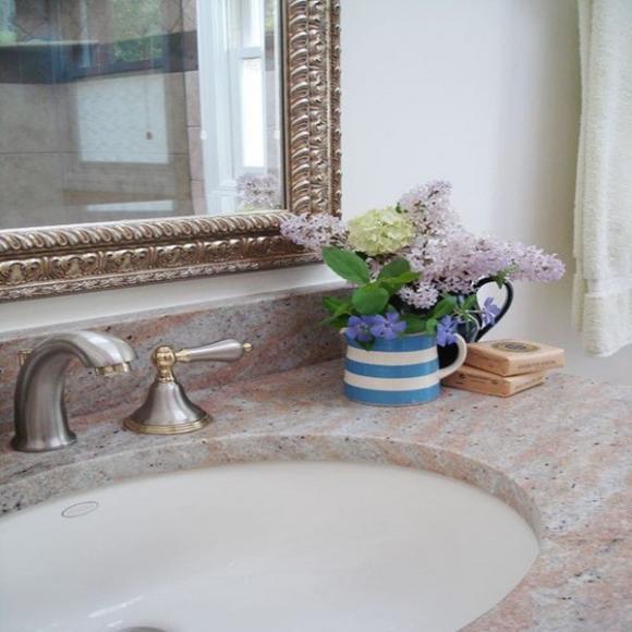chon hoa phu hop voi tung khong gian trong nha jpg7 Chia sẻ cách lựa chọn hoa phù hợp với từng không gian trong nhà