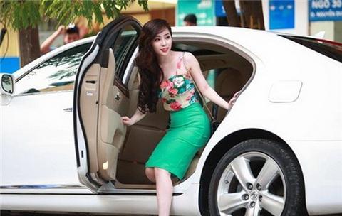 Scandal sao việt,Angela Phương Trinh,Tùng Lâm,Thủy Tiên,Quỳnh Nga