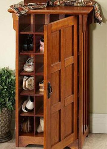 tu3jpg13839041282 Chai sẻ cách bố trí tủ đựng giầy để tránh tạp khí