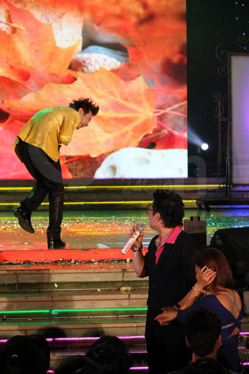 Sao Việt khốn đốn vì fan cuồng, Ca nhạc - MTV, My Tam, Ha Ho, Noo Phuoc thinh, dong nhi, bao thy, duong trieu vu, nguyen vu, mr dam, fan cuong, sao viet, ca sy, ngoi sao, bao ngoi sao, tin tuc