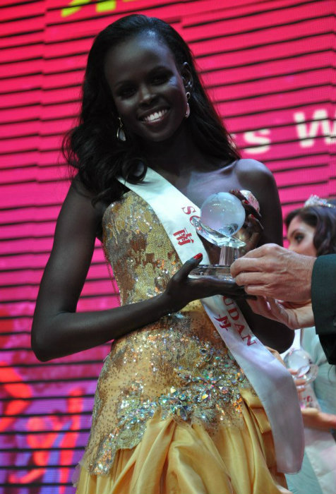 Hoa hậu Nam Sudan,Hoa hậu của các Hoa hậu,Miss Grand Slam 2013,Hoa hậu thế giới,Hoa hậu Atong DeMach