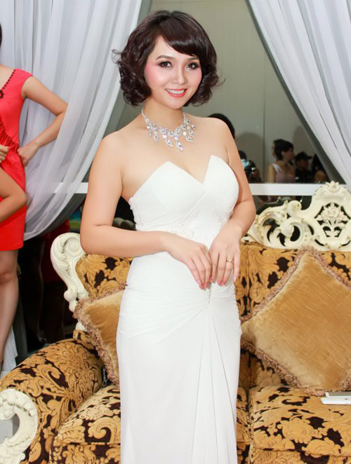 Ngô Thanh Vân,Vân Trang,Bảo Trân,Mỹ Duyên,Ngọc Hân,Diva Hồng Nhung