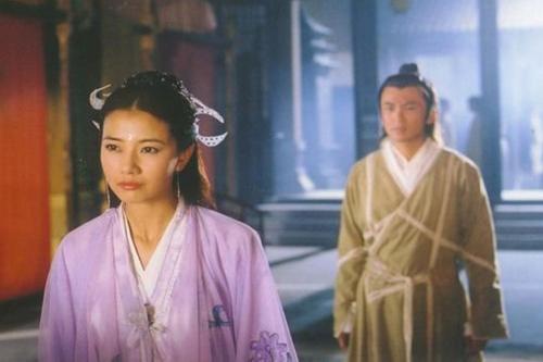 Ỷ thiên đồ long ký, Cao Viên Viên,Chu Chỉ Nhược