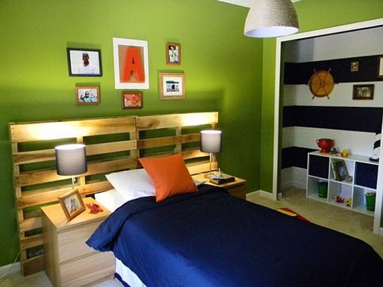 trangtridaugiuongbangnhungcachsangtaotuyetdoi3jpg1380353740 Gợi ý trang trí đầu giường bằng những cách sáng tạo tuyệt đối