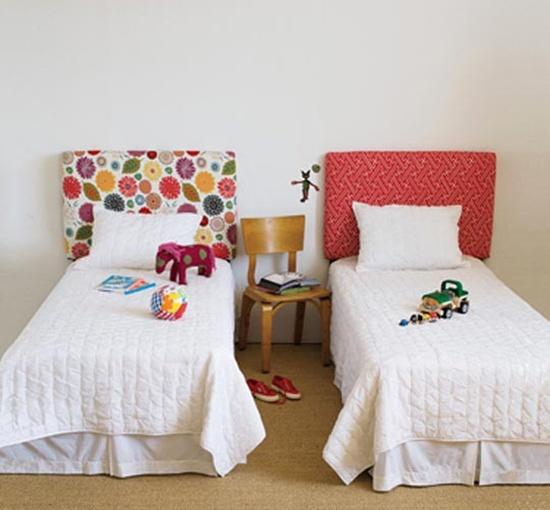 trangtridaugiuongbangnhungcachsangtaotuyetdoijpg1380353622 Gợi ý trang trí đầu giường bằng những cách sáng tạo tuyệt đối