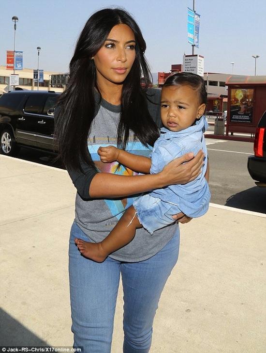 Kim Kardashian, con gái Kim, Kim siêu vòng ba, con gái Kim, con gái Kim như con trai