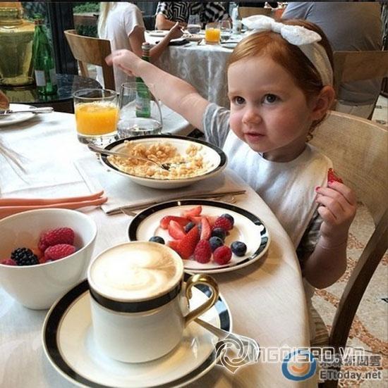 cô bé Pixie Curtis,công chúa Instagram,nhóc tỳ 2 tuổi Pixie Curtis,cuộc sống giàu có của Pixie Curtis,dân mạng ghen tỵ