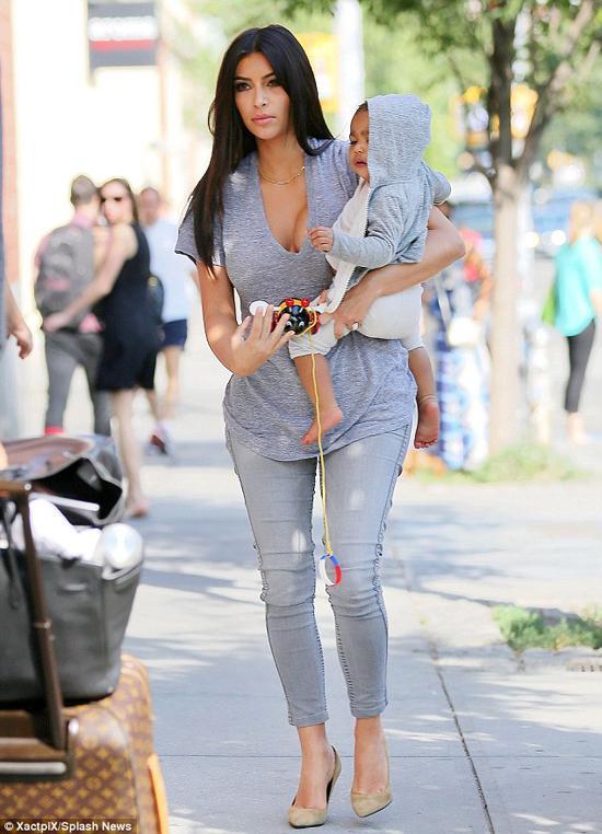Kim Kardashian, Kim siêu vòng ba, Nori, North West