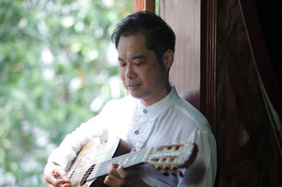 sao Việt, ông hoàng nhạc sến, Ngọc Sơn, Ngọc Sơn kỉ niệm 20 năm ca hát,  liveshow Ngọc Sơn, Phương Mỹ Chi, Phi Nhung