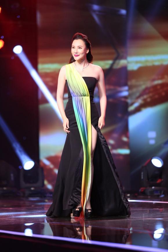 sao Việt, The X-Factor, Nhân tố bí ẩn, vòng Liveshow, học trò Dương Khắc Linh, nhóm FB Boiz bị loại, Hà Hồ ưu ái thí sinh