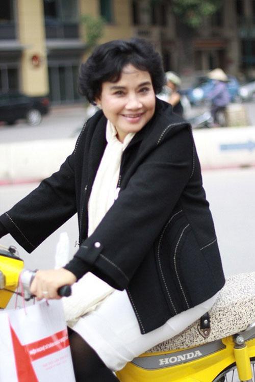 NSND Như Quỳnh, NSND Lan Hương, NSND Lê Khanh, Điện ảnh việt