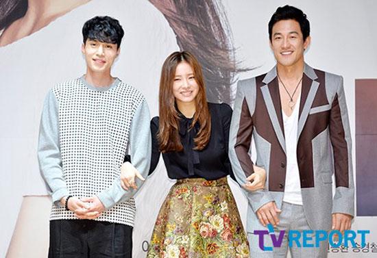 Lee Dong Wook,Shin Se Kyung,buổi họp báo Iron Man,sao Hàn