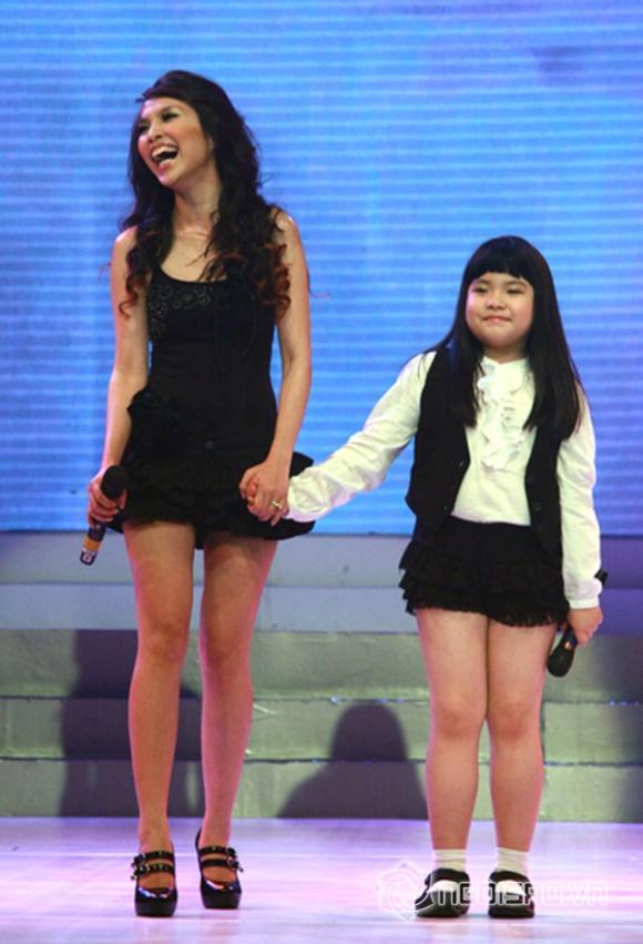 con gái hiền thục,hiền thục khoe ảnh con gái,con gái hiền thục càng lớn càng xinh,sao việt,con sao việt