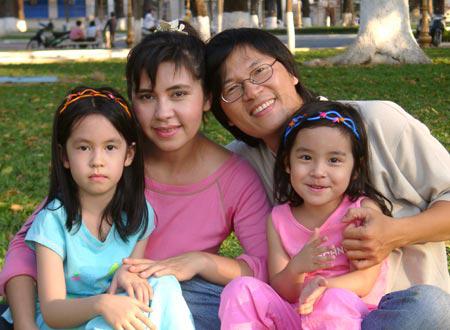 Phương Thảo,Ngọc Lễ,gia đình Phương Thảo Ngọc Lễ,gia đình sao Việt,Phương Thảo Ngọc Lễ ngày ấy bây giờ