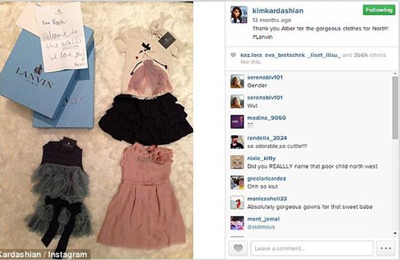 Kim Kardashian,Kanye West,North West,con gái Kim được tặng hàng hiệu,sao nhí Hollywood