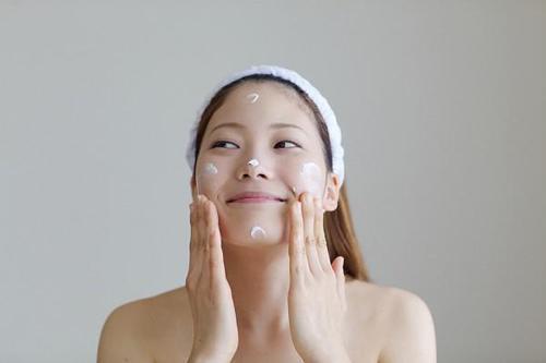 Kem dưỡng da mặt, kem chống lão hóa, kem dưỡng ẩm, Chăm sóc da