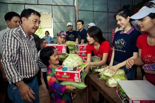 Hoa hậu Phụ nữ người Việt thế giới 2015, Minh Chanh, Minh Chánh, Phụ nữ người Việt thế giới 2015, Hoa hậu Thu Hoài, Hoa hậu Bùi Thị Hà