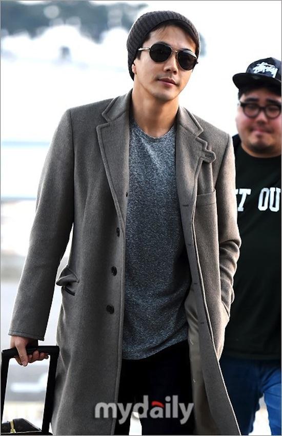 Kwon Sang Woo, Kwon Sang Woo thời trang, Kwon Sang Woo thời trang sân bay, sao thời trang sân bay