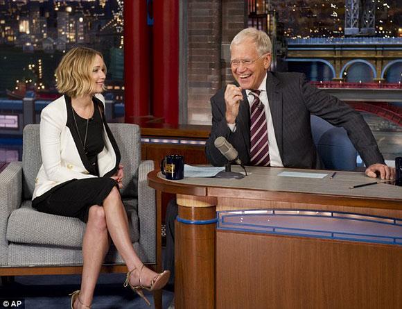 Jennifer Lawrence,Jennifer Lawrence hát dở,Jennifer Lawrence bị fans tấn công,sao Hollywood