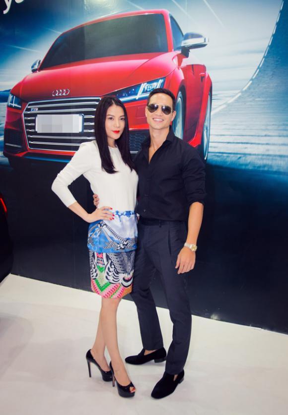 sao Việt, Á hậu Dương Tú Anh, Dương Tú Anh kín đáo, Dương Tú Anh khoe dáng bên siêu xe