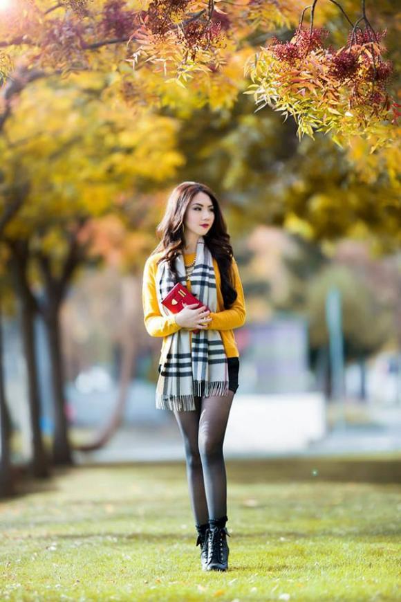 hoa hậu Jennifer Chung, Jennifer Chung đẹp thơ mộng ngày thu, ngắm Jennifer Chung khoe dáng