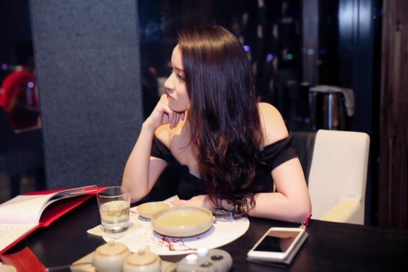 Thủy Top ăn tối cùng tỷ phú,ca sĩ Thủy Top,sao Việt,Thủy Top,Thủy Top thon gọn,Huỳnh Minh Thủy