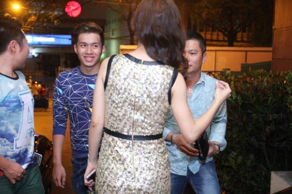 sao Việt, Jennifer Phạm, bà mẹ hai con, chồng đại gia của Jennifer Phạm, doanh nhân Đức Hải, chồng đại gia đi cổ vũ Jennifer Phạm, Cặp đôi hoàn hảo 2014