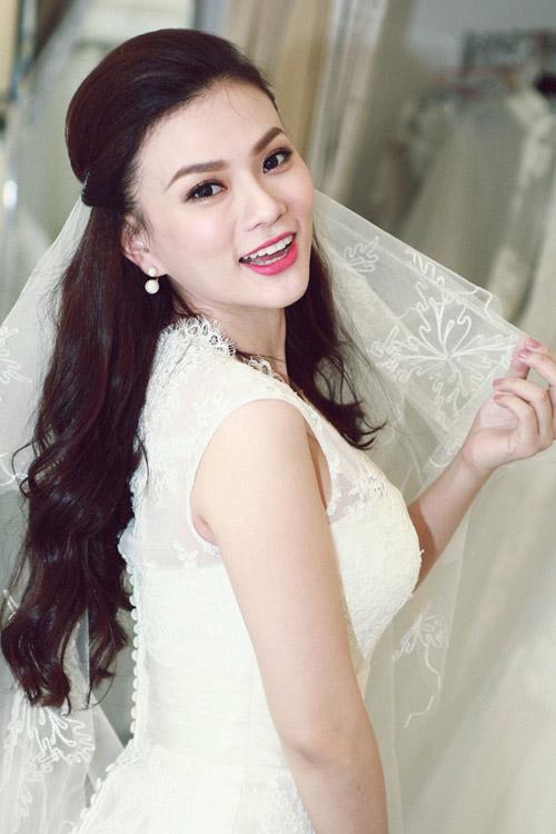 Váy cưới,váy cưới sao,váy cưới gợi cảm của mỹ nhân Việt