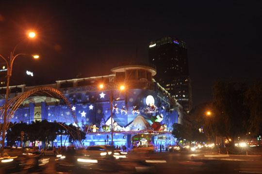 Địa điểm đón giáng sinh 2015 tại Hà Nội, Sài Gòn đẹp nhất